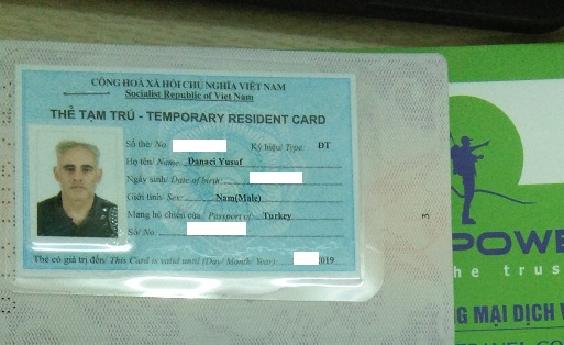 Thẻ tạm trú